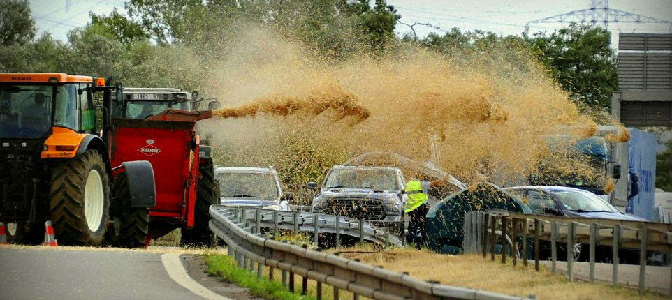 French Farmers - Cheap Vegetables = Smelly and Expensive Manure Car Wash